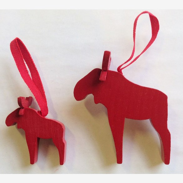 MOOSE HANG. RED SMALL